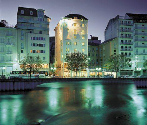 hotel lourdes vue de nuit