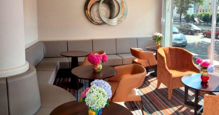 salon de thé hotel a Lourdes : hotel Saint Georges